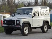 Land Rover Defender 90 2.5 Td5 Station Wagon,  suv/off-ro,  3d,  4x4,  M5