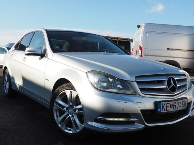 Mercedes C trieda 180 BlueEfficiency Avantgarde