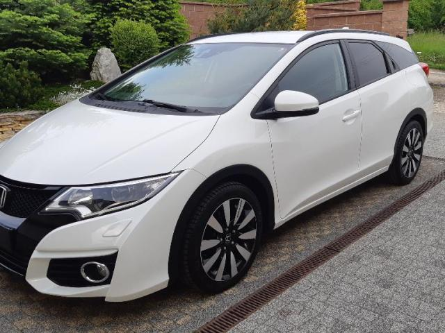 Honda Civic Tourer 1.6 i-DTEC Elegance Connect+