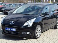 Peugeot 5008 2,0 HDi  110 kW