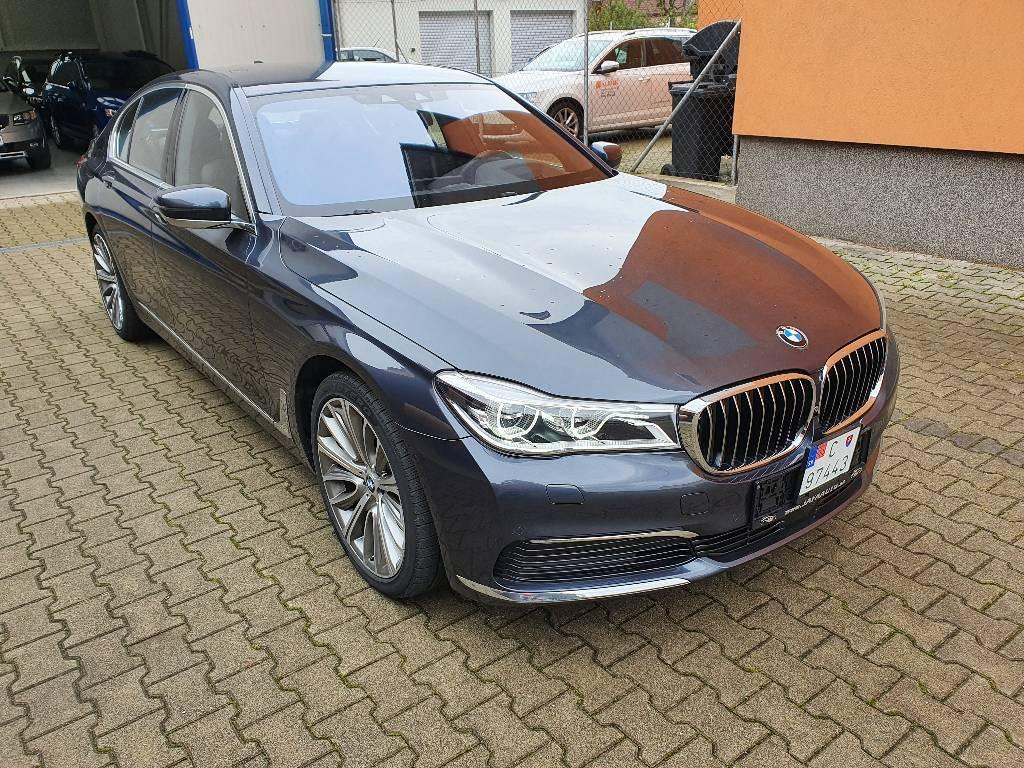 BMW Rad 7 740d xDrive A/T