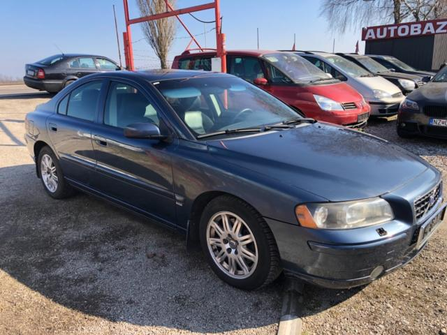 Volvo S60 2.4D Momentum A/T