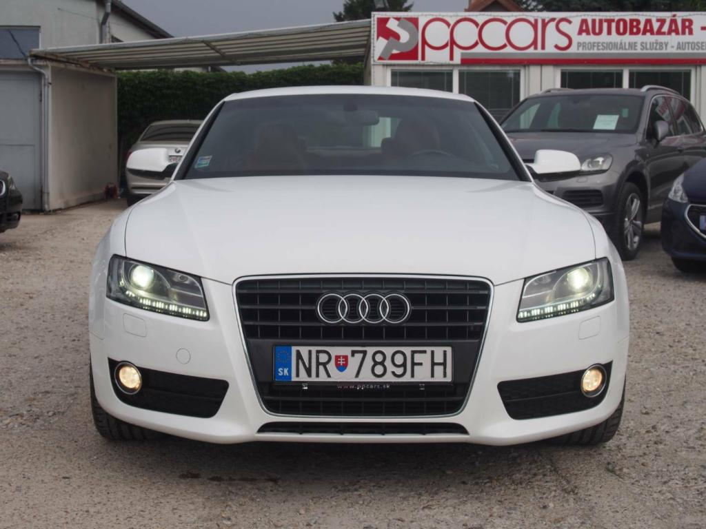 Audi A5 coupe,2,0 benzín,,155kw,exclusive.