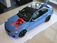 BMW M3 3, 0 317kW BLAU METALLIC TOP