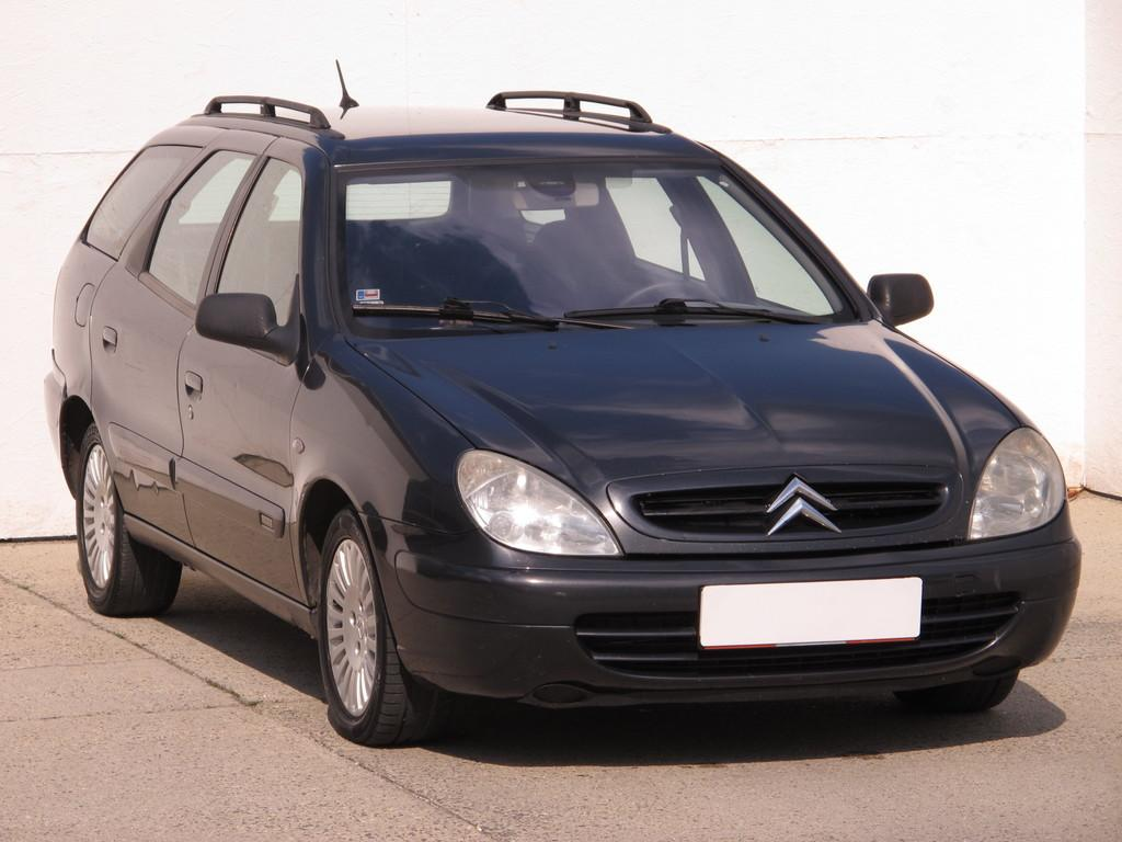citroen xsara break 2 0 hdi sx kombi p m5 autovia sk. Black Bedroom Furniture Sets. Home Design Ideas
