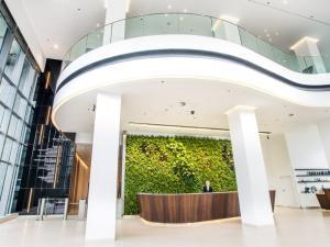 Moderné biznis priestory v Polus Towers Novostavba Bratislava III - Nové Mesto