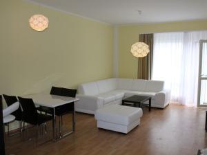 2 izb.byt na Mickiewiczovej ul. /60m2/, centrum, parkovanie