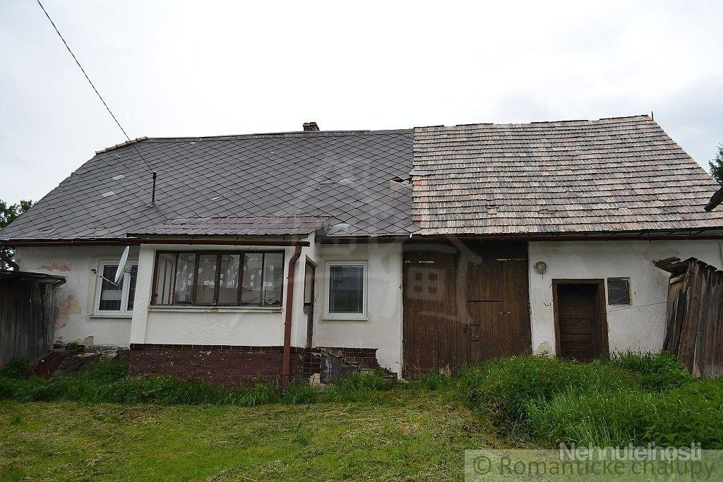 Gazdovský dom na  rekonštrukciu v Becherove