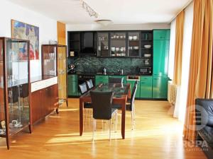 Furnished 4 rooms apartment 2x lodggia beautiful view gar. standing Martinengova - rent