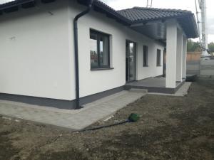 """4-izbová novostavba rodinného domu """"na kľúč """" s garážou iba 7 km od Dunajskej Stredy"""