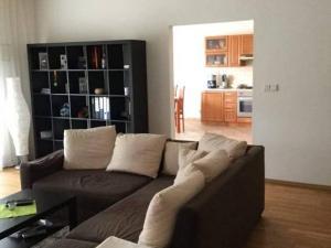 3 Izbový byt na ul. Jozefa Kronera na prenájom