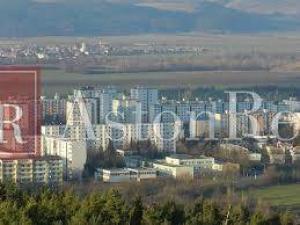 Hľadám pre nášho klienta 2-izbový prerobený byt v Dubnici nad Váhom