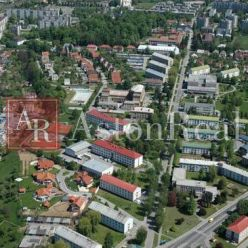 HĽADÁM pre nášho klienta prerobený 3-izbový byt Dubnica nad Váhom