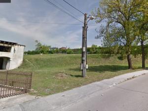 Ponúkame na predaj pozemok (2500m2) s rozostavanou stavbou, v Novom Meste nad Váhom časť Mnešice