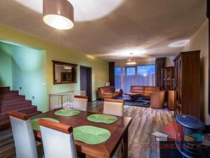 Prenajmem veľký 3 izb.  2 posch. apartmán, 163 m2, Mengusovce