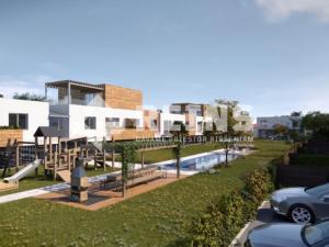 Krásny 4izb byt, úžitková plocha 139 m², predzáhradka a veľký dvor s relaxačným bazénom