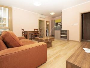 2i byt v centre mesta, balkón, klimatizácia