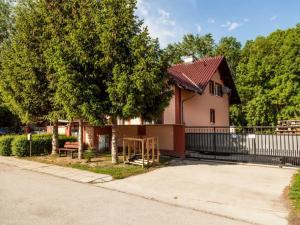 5 izb. rodinný dom v krásnej lokalite v Hamuliakove