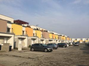 3 izbový byt na predaj Leopoldov, novostavba, v cene parkovacie miesto, SKOLAUDOVANÝ r. 2019