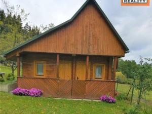 ZNÍŽENIE!!!Rekreačná chata, Považská Bystrica-Dolný Moštenec, 509m2, rekonštrukcia, popisné číslo