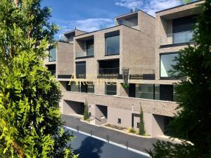 Luxusný 4-izbový byt na Kolibe, Bratislava Nové Mesto - veľká terasa, letná kuchyňa, nadčasový dizaj
