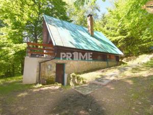 Rekreačná chata v krásnom prostredí, terasa, krb, Pernek