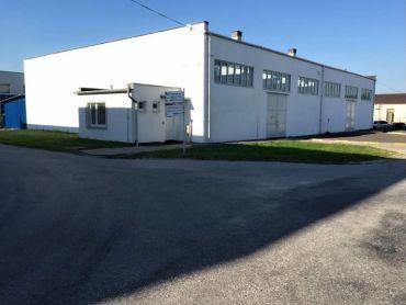 Skladovo – výrobný objekt v priemyselnej časti Prievidze