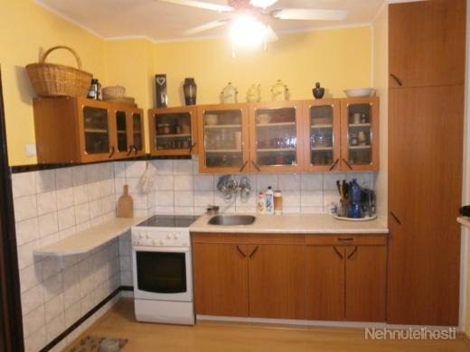 Na predaj: 3-izbový byt, Martin - centrum - obrázok