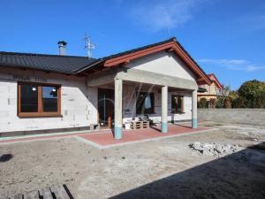 Nový priestranný RD na prenájom v Stupave