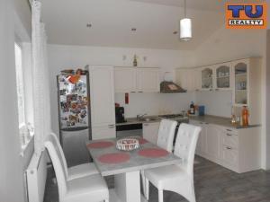 Novostavba! 4 izbový rodinný dom, 364m2, Veľký Biel okres Senec