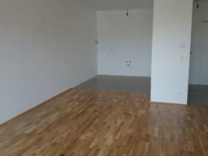 Hainburg - nový 2 izb. byt so záhradkou na prenájom