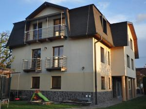 Investičná príležitosť - veľký dom na Rumanovej ul. na Táborisku na predaj