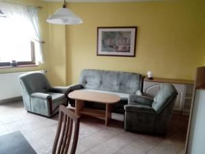 NA PRENÁJOM: Kompletne zariadený 2 izbový byt na Františkánskej ulici v centre mesta.
