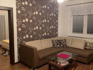 Prenájom komplet zariadeného 2 izb. bytu Žilina - Bulvár.