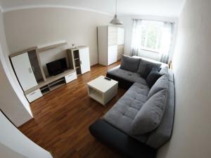 PRENAJATÉ ! Exkluzívny 1-izbový byt kompletne zariadený v centre mesta Banská Bystrica