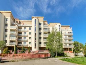 Predaj 4-izbový byt, BA IV. Dúbravka, ulica Žatevná