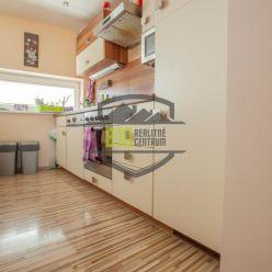 RD - 5 izieb, garáž 50 m2,  klíma, lokalita Spiegelsal, nízke mesačné náklady 70 €!