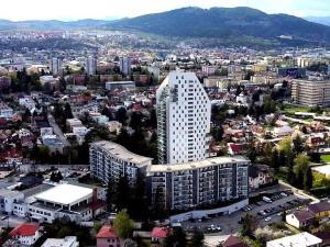 Hľadáme byt pre VIP klientov veľký 3i alebo 4i s parkovaním v Amfiteátri Žilina