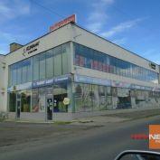 Priestranné obchodné  priestory v priemyselnej zóne mesta  Lučenec