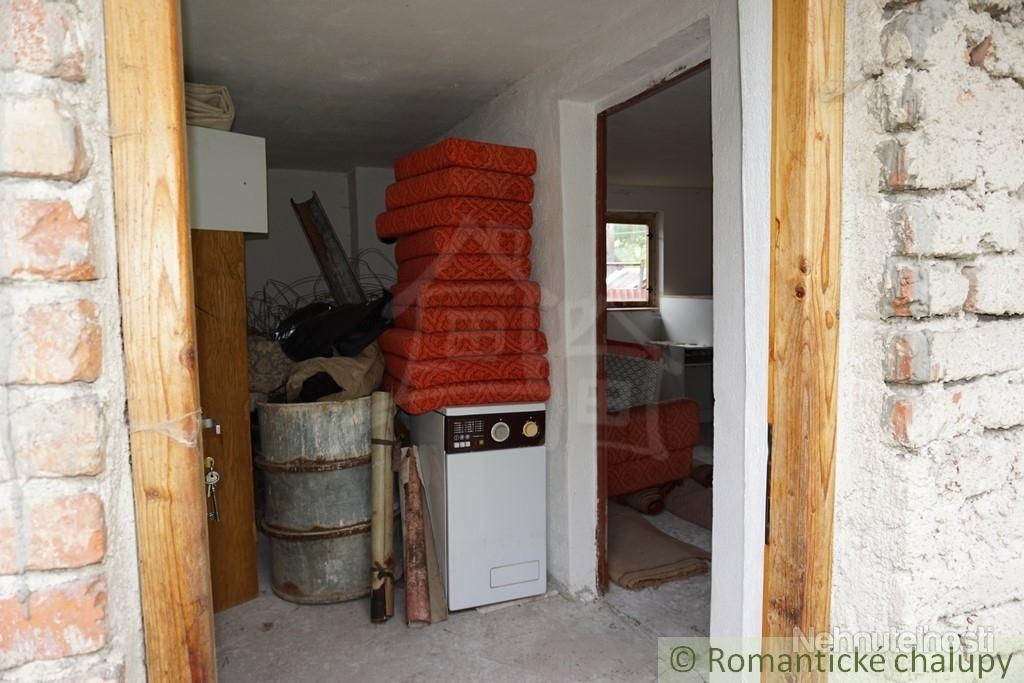 Drevenica s murovanou prístavbou na predaj