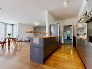 Luxusne veľký 3i byt v Cubicon Residence