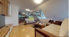 TICHY A VO DVORE - 3 izbový BYT 87,55 m2 + 6,11 m2 TERASA - Parking - Dvor - Staré Mesto