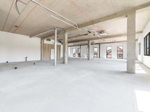 Prenájom, obchodné priestory, 298 m2, OC Pereš Park
