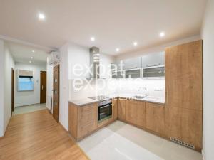 2i byt,67m2, v novostavbe s terasou 44m2, klimatizácia, garáž