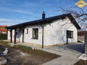 Predaj 4 izbového bungalovu v starej časti Bernolákova
