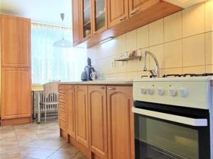 Na predaj 3 izbový byt (trojizbový), Hlohovec