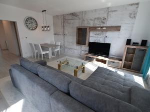 PRENÁJOM- nový 3-izbový byt v novostavbe -Nitra