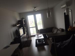 Prenájom 2 izbový byt, novostavba, ulica Bosákova, zariadený, Petržalka BA V