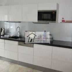 prekrasny zariadeny byt na Hlbokej ceste / top notch apartment for rent!