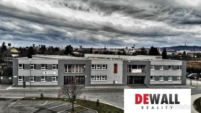 VIDEONovinka: Kancelárie 93m2 s výbornou polohou a dostupnosťou medzi Ružinovom a Vrakuňou!